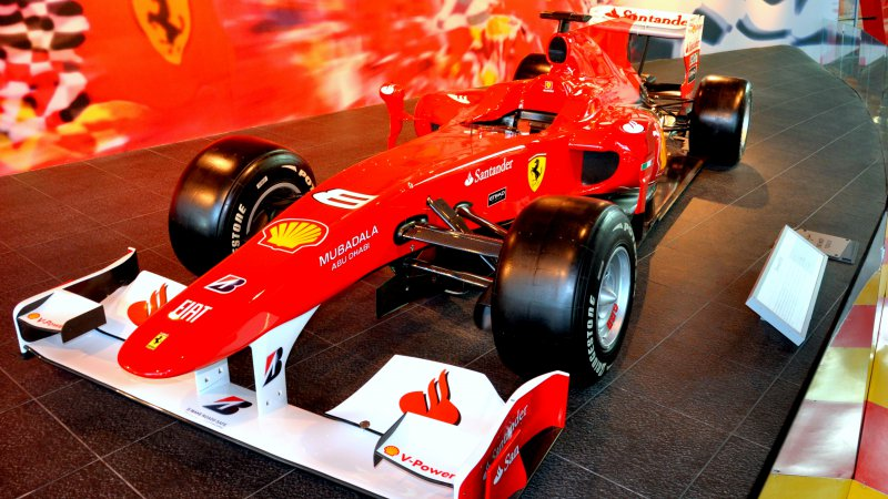 ferrari-world-abu-dhabi3